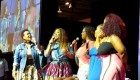 Mary Mary's Erica Campbell & Tina Campbell With Their Sisters
