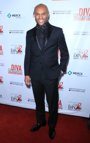 27th Annual Fundraiser of 'Divas Simply Singing'