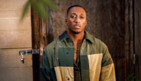 Lecrae Brings Portable Handwashing Stations to Homeless in ATL Metro Area